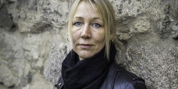 Carolina Lindberg blev socionom mitt i livet
