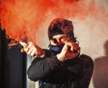 Var femte kommun möter unga i våldsbejakande extremism